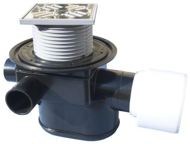 HL70 Padlólefolyó DN75/110 vízszintes kimenettel, szigetelő karimával, visszacsapó szeleppel, 3 db. DN40/50 bemenettel, 123x123mm/115x115mm