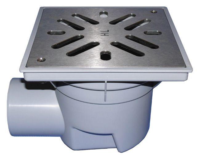 HL605SW Perfekt lefolyó DN110 vízszintes kimenettel, 244x244mm műanyag kerettel, 226x226mm nemesacél ráccsal, vízbűzzárral, szemétfogó kosárral.